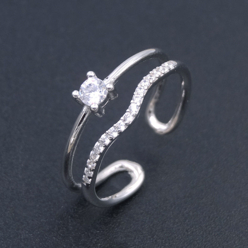 White Gold Plated Silver Cubic Zirconia Rings / Zircon Engagement Rings For Women